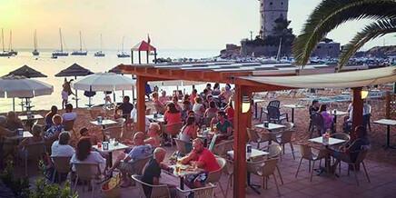 Strand-Service und Minibar